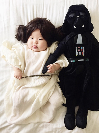 The Most Popular Halloween Costumes Of 2017u2014For Kids Adults u0026 Pets  sc 1 st  Mother Mag & Popular Halloween Costumes 2017 - Kids and Adults