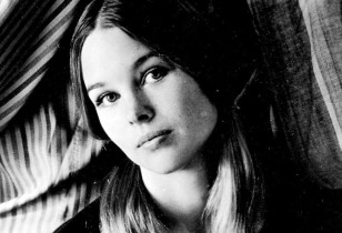 michellephillips_mother_mag