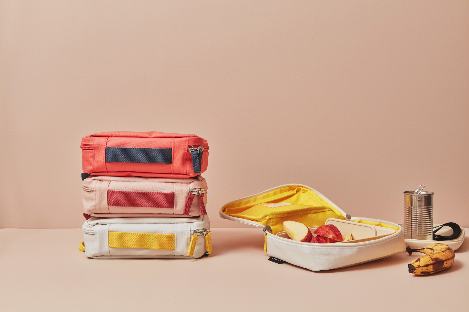 03eaabb99527 Stylish Lunch Boxes For Kids
